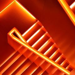イメージ画像として階段